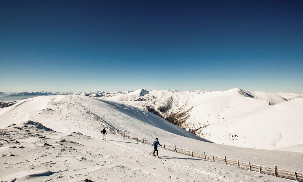 langgestreckte Rücken am Nockberge-Trail Winter Skitourentrail